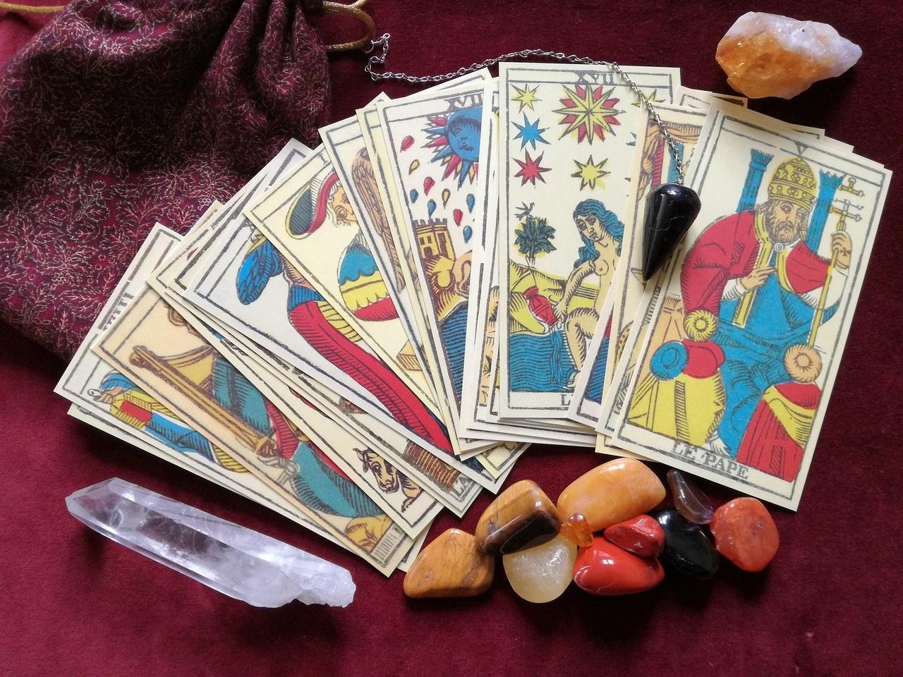 Tarot legen am Telefon - gratis - online
