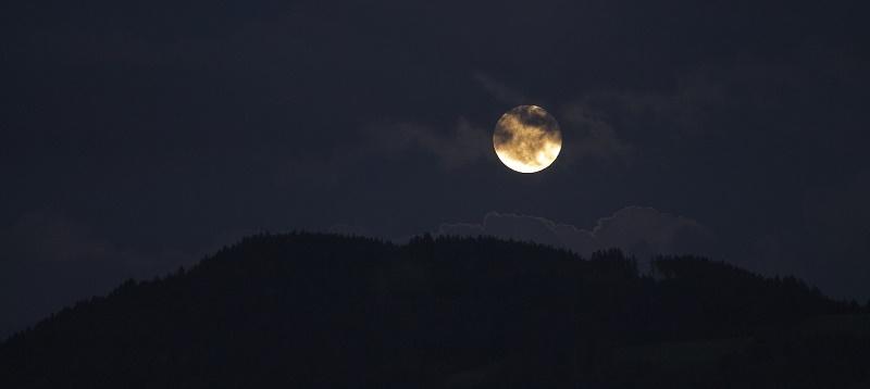Die Wirksamkeit von Santeria Ritual Magie Trennungszauber